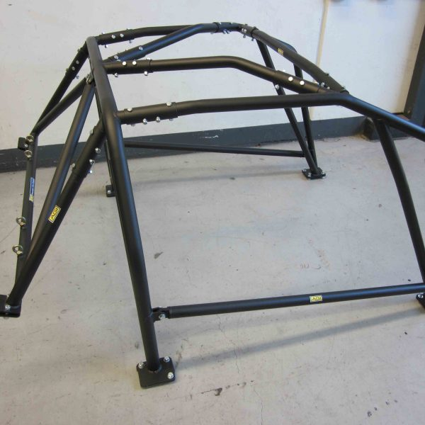 AGI - Nissan Silvia S14 - 2015 CAMS National spec Bolt-in Roll cage (floor pic - side)