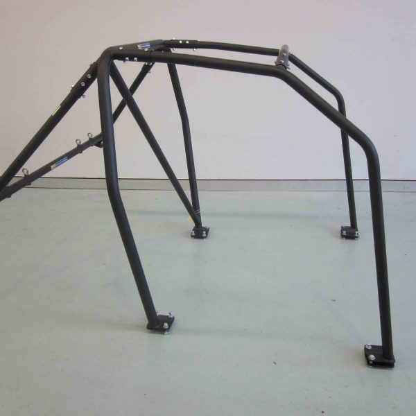 AGI - BMW E30 2dr - 2016 CAMS spec Bolt-in Roll cage - Option B (floor pic - side)