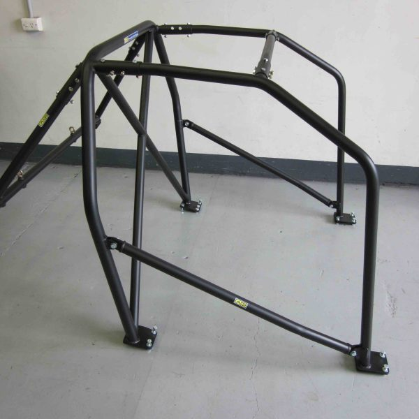 agi-toyota-ae86-sprinter-2015-cams-state-level-bolt-in-roll-cage-pic-on-floor