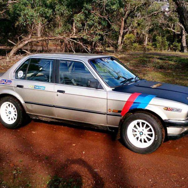 BMW E30 - 4dr