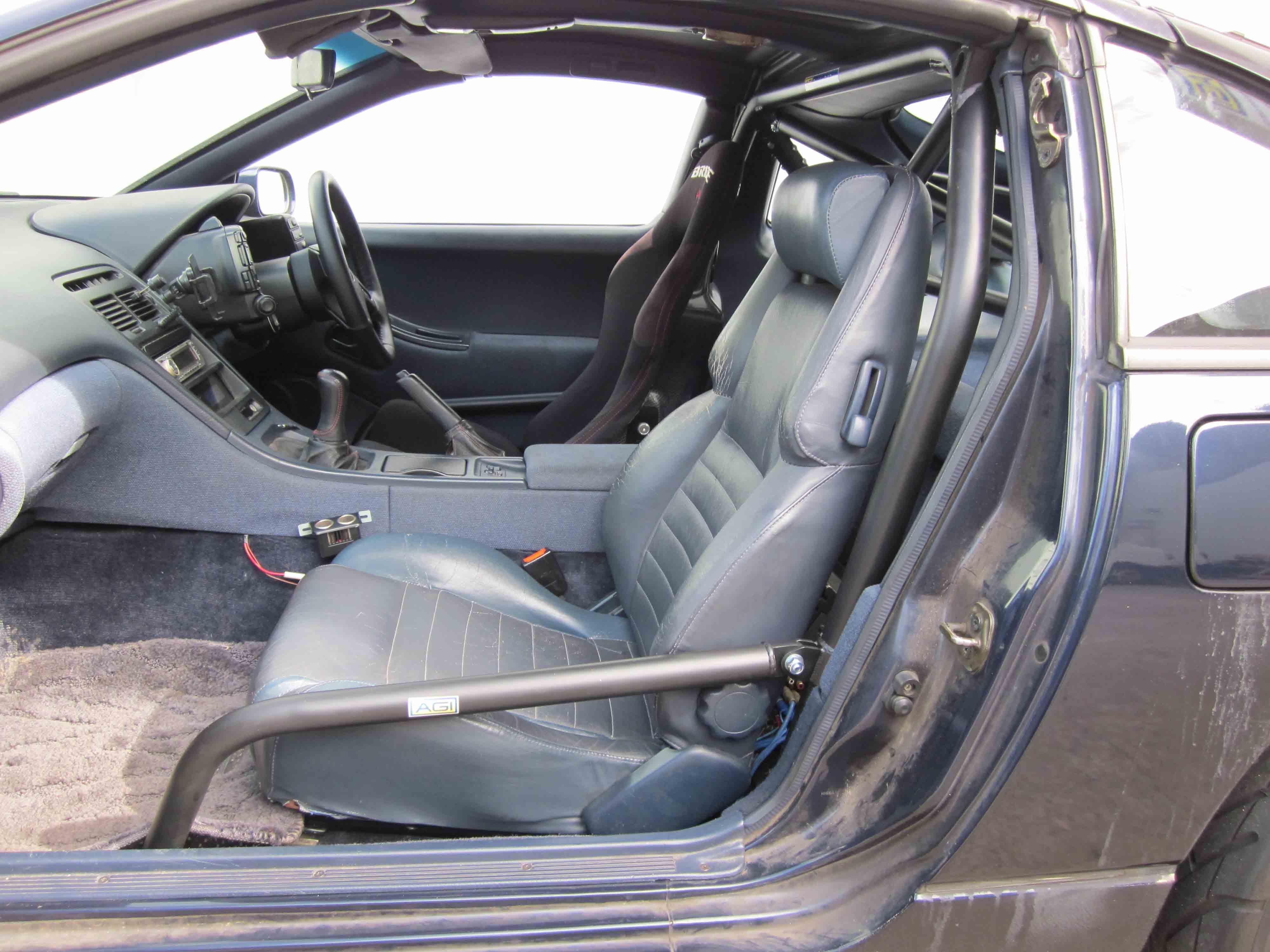 AGI - Nissan 300ZX Targa Top - Bolt-in 4pt with double rear diagonals ( & A) Nissan 300ZX Targa Top - AGI ROLL CAGES