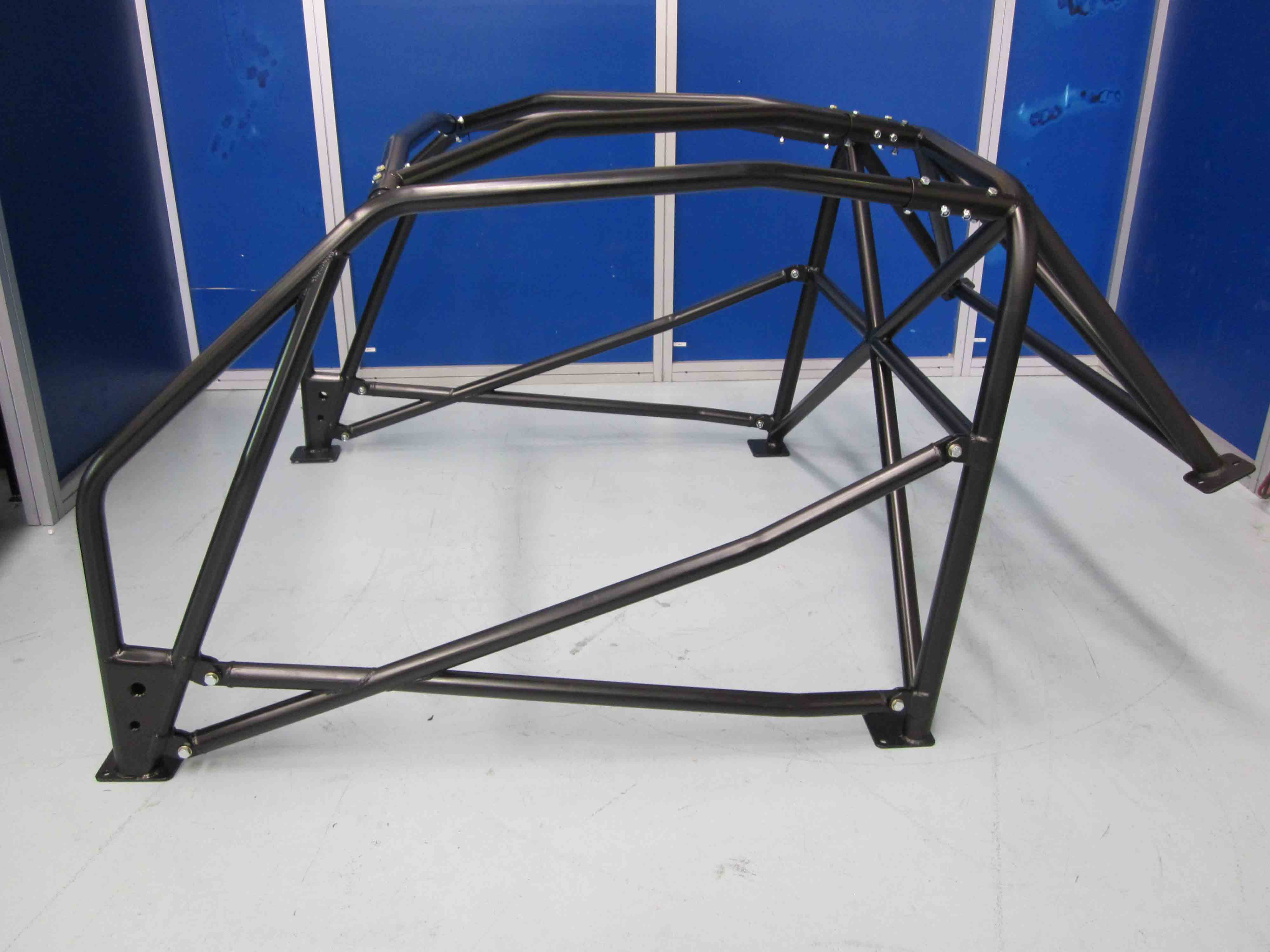 AGI - Ford Mustang MK1 GT500 - 2016 CAMS National spec Bolt-in Roll cage - Option F (floor pic - side)