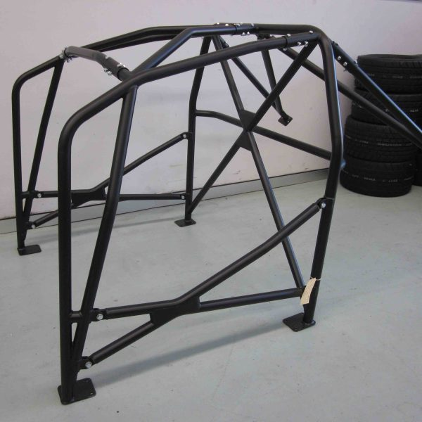 AGI - Ford Focus (3rd Gen) roll cage - 2018 CAMS spec Bolt-in National level Roll cage - Option F (floor pic - side)