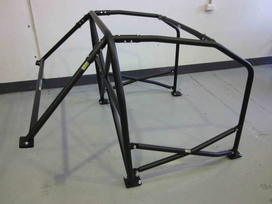 AGI - Nissan Skyline R32 - 2013 CAMS spec Bolt-in Statel level cage with X door bars (side pic on floor)