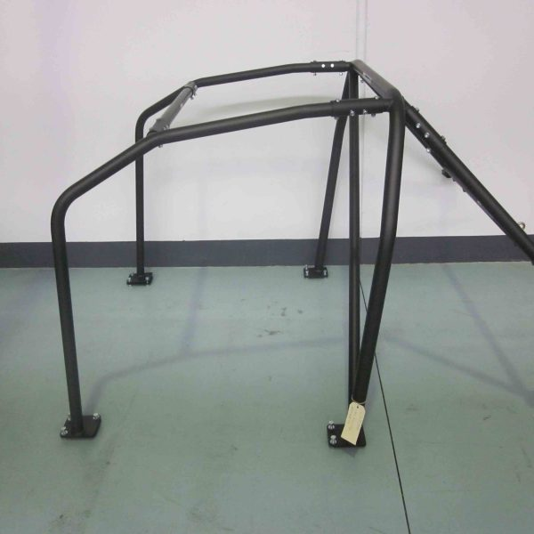AGI - Nissan Skyline R32 - 2016 CAMS spec Bolt-in Roll cage - Option B (floor pic - side)