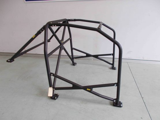 AGI - Nissan Skyline R32 - 2018 CAMS spec State level Bolt-in Roll Cage + Double door bars - Option D.