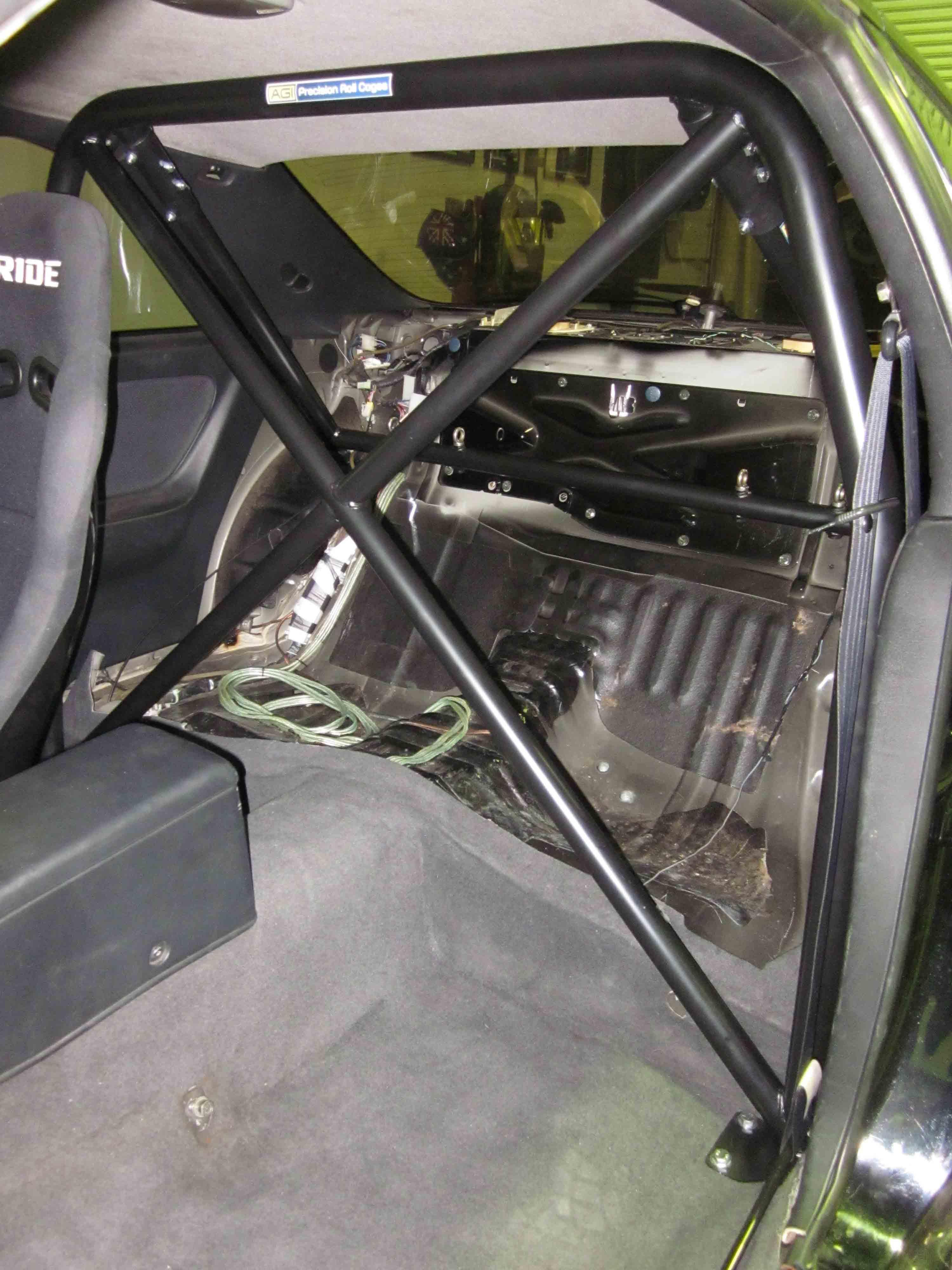 A Nissan Skyline R33 2 Door Half Cage 4 Point Bolt