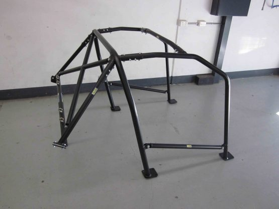 AGI - Toyota 86 - 2014 CAMS spec Bolt-in 6pt state level Roll cage with double diagonal (view on floor - side RH)