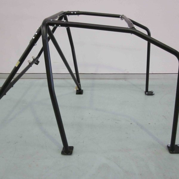 AGI - Mitsubishi Evo 4-6 - 2016 CAMS spec Basic 6pt Bolt-in Roll cage - Option B (floor pic - side).jpg