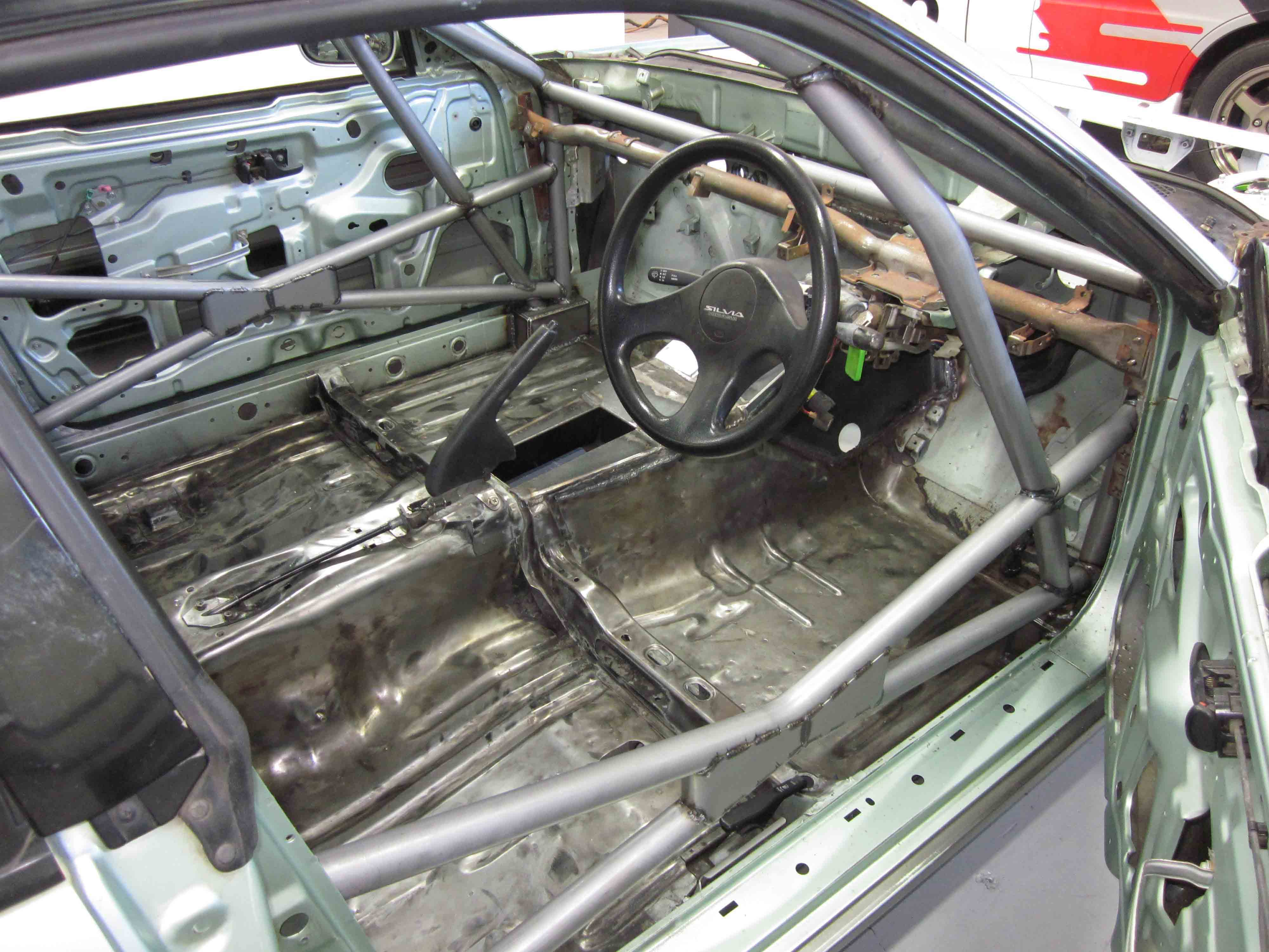 H Nissan Silvia S13 Full Cage 6 Point Weld In
