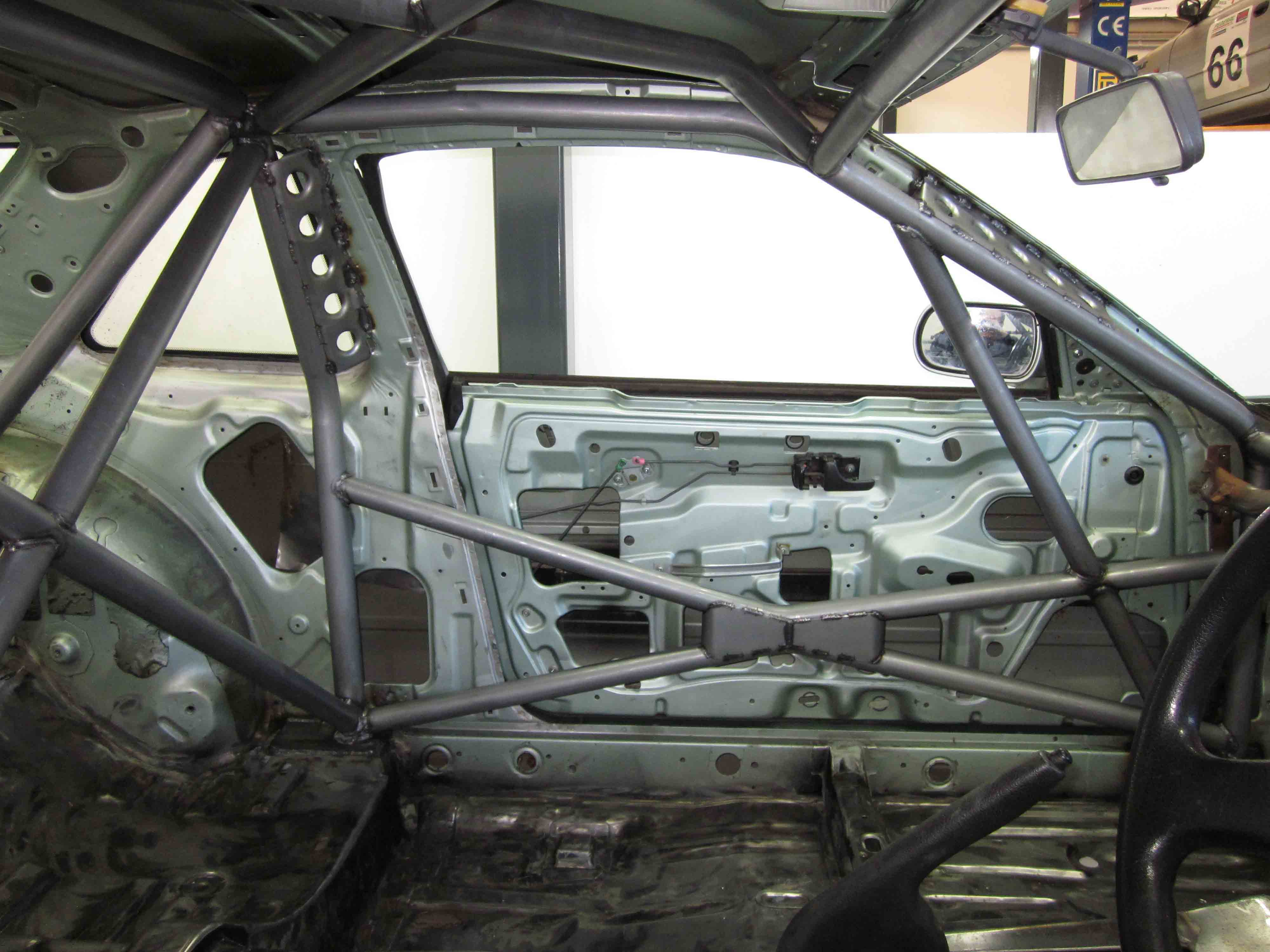 (H) Nissan Silvia S13 - Full Cage (6 point) - Weld in