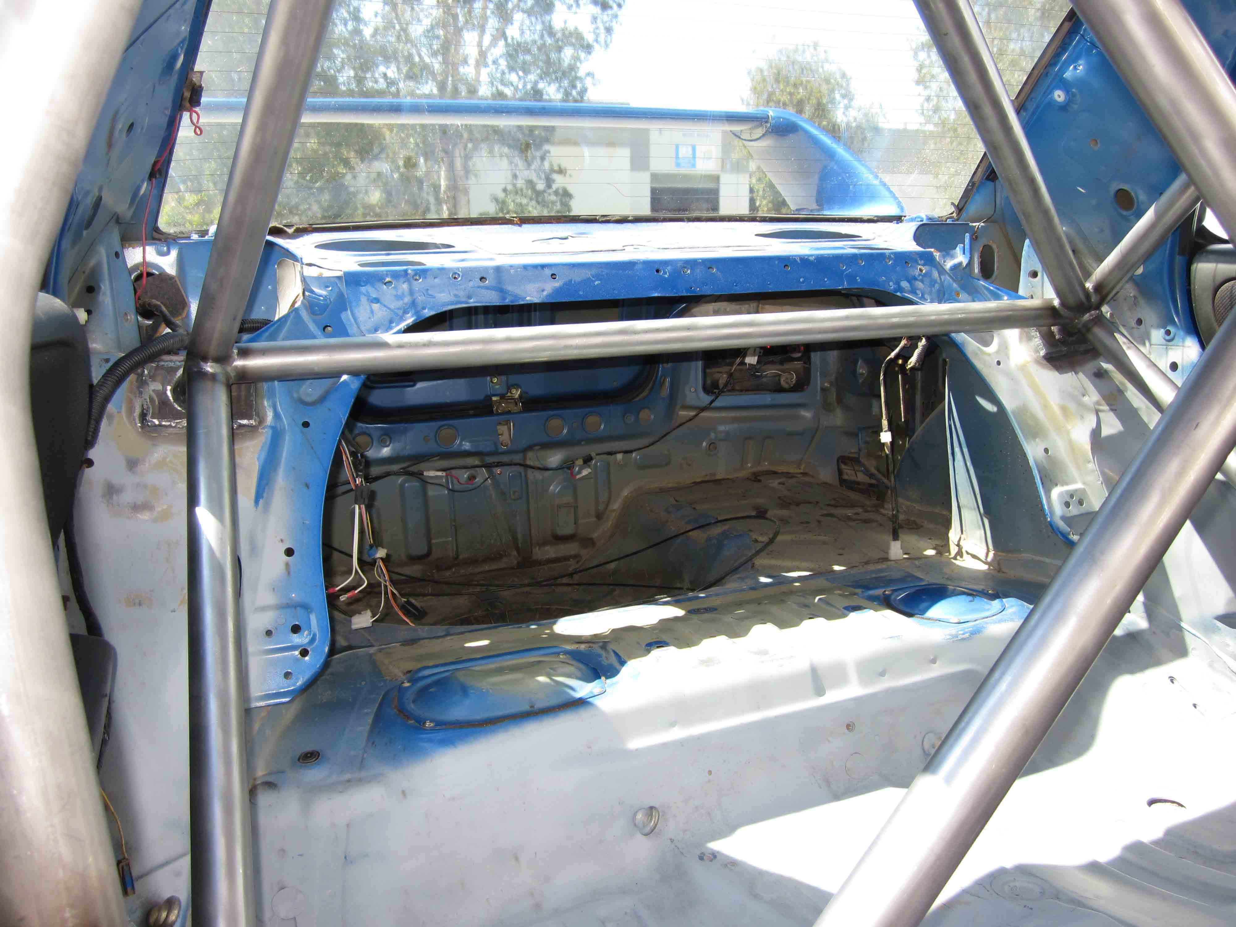 G) Subaru WRX GC8 - Full Cage (6 point) - Weld in - AGI ROLL CAGES