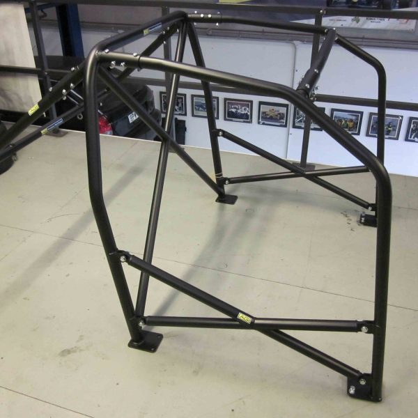 AGI - Ford Laser KF - 2015 CAMS State level Bolt-in Roll cage with double door bars (floor pic - side)