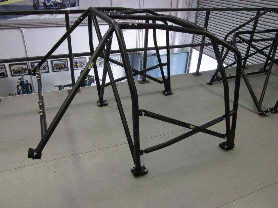AGI - Alfa 156 GTA - 2015 CAMS National level Bolt-in Roll cage (floor pic - side) - Option F