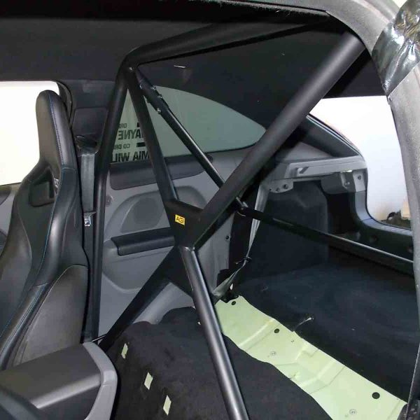 AGI-Ford-Focus-2nd-Gen-2019-CAMS-spec-Bolt-in-Half-cage-double-diagonals-Option-A-in-car-front